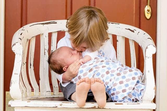 お姉ちゃんと赤ちゃん