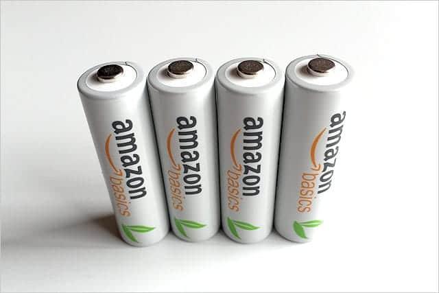 Amazonベーシック充電式ニッケル水素電池 単3形 4個パック