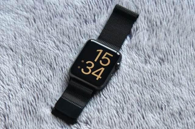 ミラネーゼループバンドと初代Apple Watch