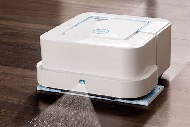 拭き掃除からの解放!水拭き機能が強化されたブラーバ ジェット240が人気急上昇中。雑巾がけバイバイ!
