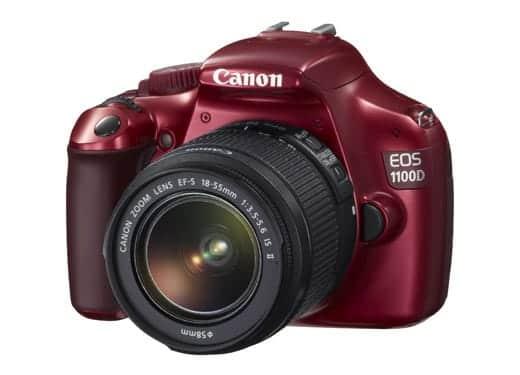 キャノン EOS 1100D 赤モデル