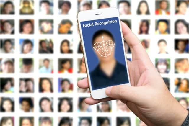 次期iPhoneは顔認証を採用か