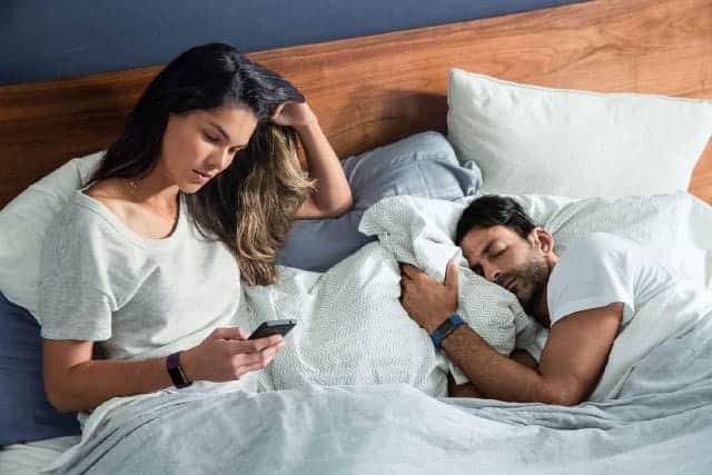 Fitbit Charge 2 何と言っても一番使えるのはサイレントアラーム(目覚まし)