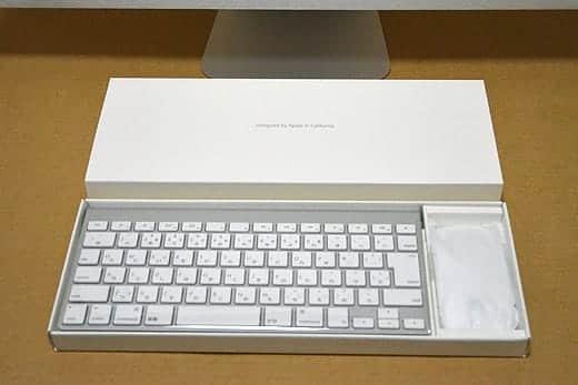 極薄iMac27インチ アクセサリーボックスオープン