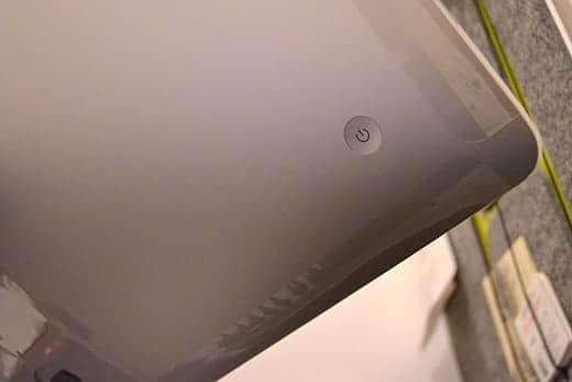 極薄iMac27インチ 電源ボタン