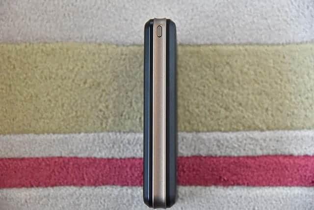 iMuto X6 Pro 本体 右側面