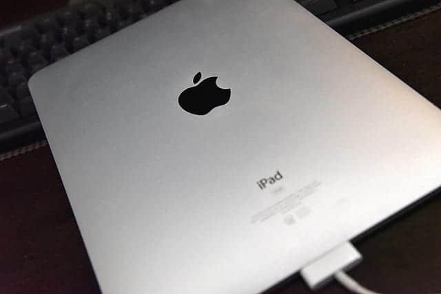初代iPadさようなら 買取?リサイクル?廃棄方法と懐かしいiOS4のアイコンたち