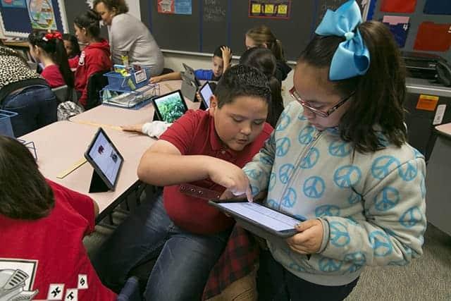 アップルの新たな挑戦:テクノロジーで子供の格差縮小