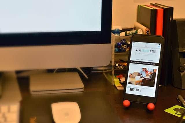 iMacとiPhone 6 Plusとゴリラポッド