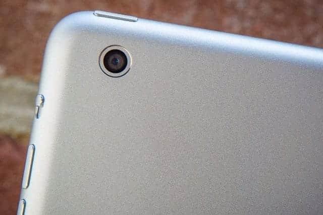 新型iPadはホームボタン廃止か