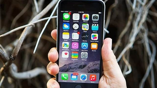買い控えか、「iPhone」6~8月期の米市場シェア低下