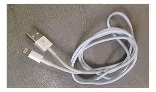 小さくなった新しいDockコネクターケーブル