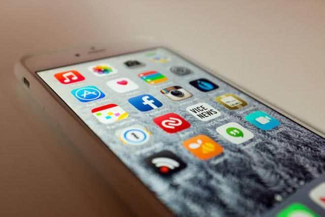 Google、Appleに広告報酬10億ドルを支払いか