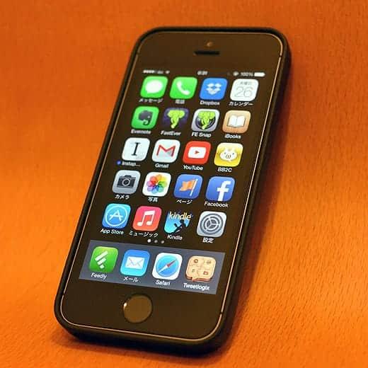 iPhone 5s + ケース