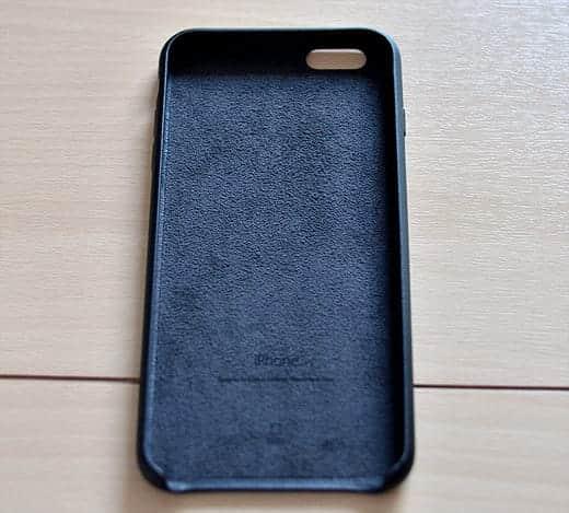 iPhone 6 Plus レザーケースの内側