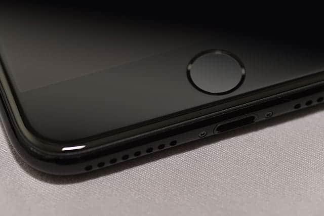 iPhone 7 Plus ホームボタン