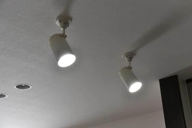 蛍光灯と同じ明るさ