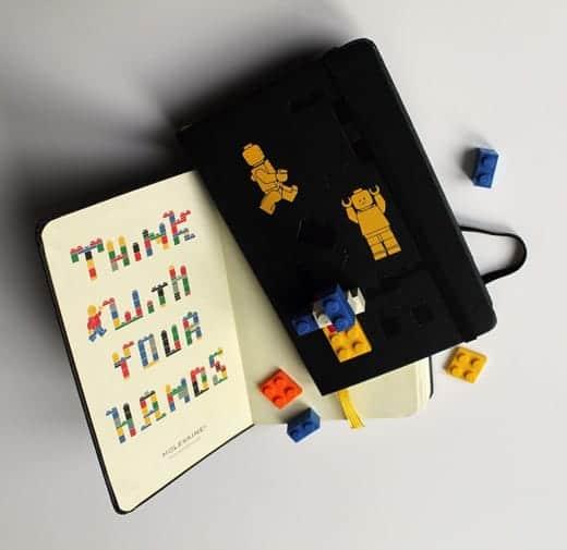 LEGOブロック付きモレスキンの中身