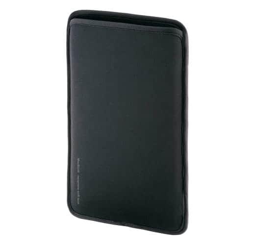 SANWA SUPPLY Mac Book Air用プロテクトスーツ 写真2