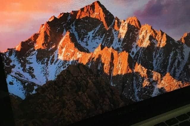 macOS Sierraの自動ダウンロード配信開始