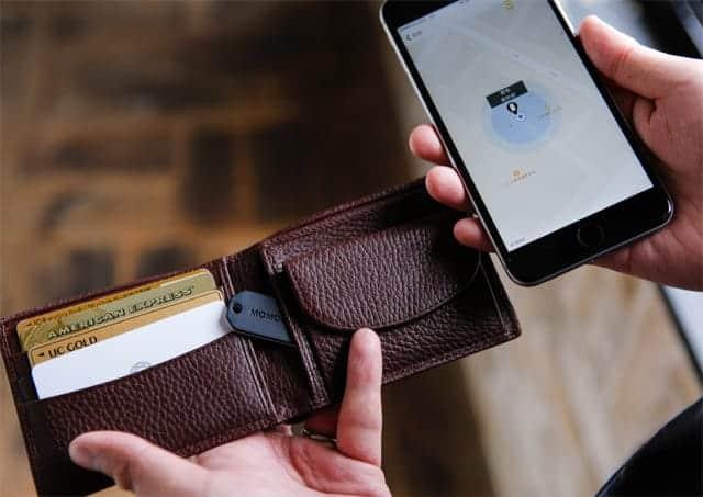 本体はかなり小さい 財布にもすっぽり入る