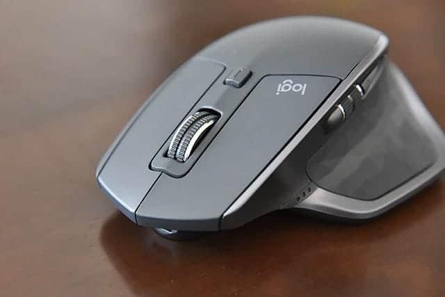 ロジクールの最上位マウス『MX MASTER 2S』レビュー Apple Magic Mouseとの比較