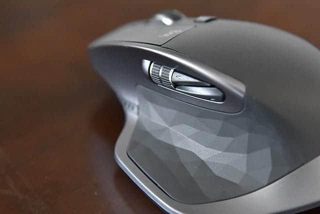 MX MASTER 2S サイドボタン