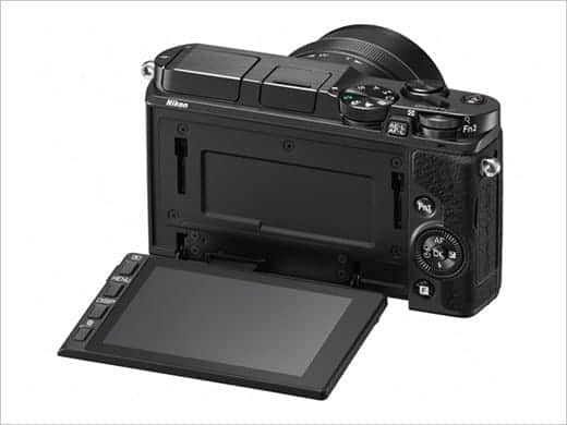 Nikon 1 v3 チルト式液晶モニター