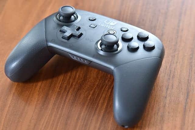 マリオカート8デラックスを2人で快適プレイ!Nintendo Switch Proコントローラー購入。