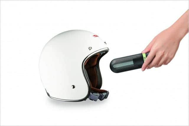 ヘルメットにもUV除菌器