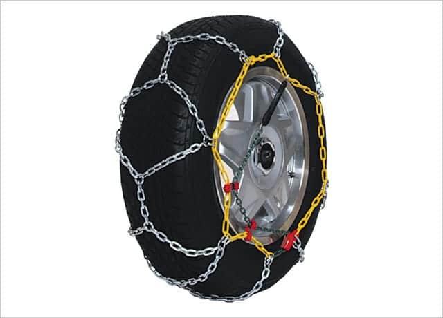 コムテックの高性能金属製タイヤチェーン
