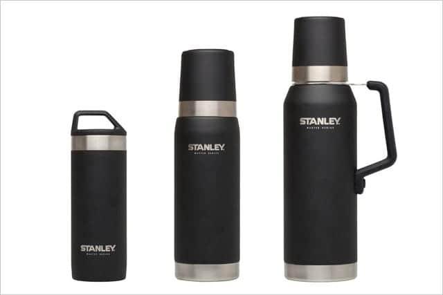 孫の代まで使えるSTANLEYの水筒。マスターシリーズなら24時間後も71度以上の熱湯でアッツアツ。