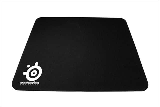 Amazonで一番売れてる究極の高品質マウスパッド『SteelSeries Qck mini』購入 汚れにくくてびっくり