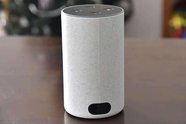 Amazon Echo 後ろ側