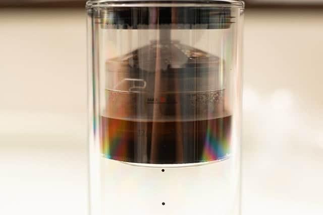 コーヒー粉を蒸らす