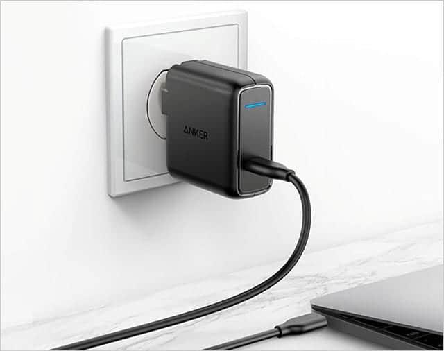 USB-C急速充電器が付属
