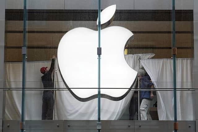 アップル、米企業の時価総額で再び首位に