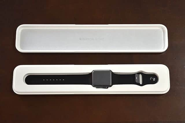 Apple Watch Sport ケースオープン