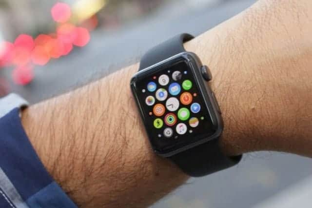 watchOS 3.1.1 文鎮化でアップデート撤回