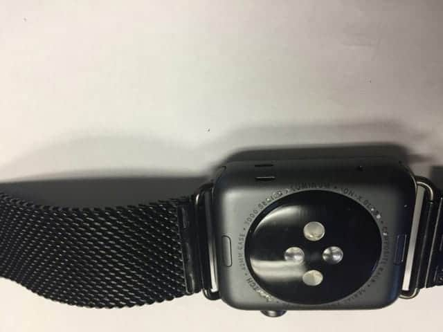 Some users are reporting a problem with the back of their Apple Watch