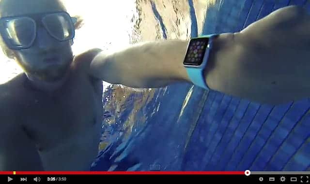 Apple WatchのiPX7等級の耐水性能はプールの底に5分沈めても耐え抜くレベル