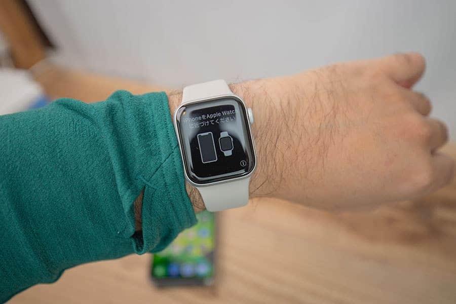 Apple Watch Series 5 腕に装着した写真