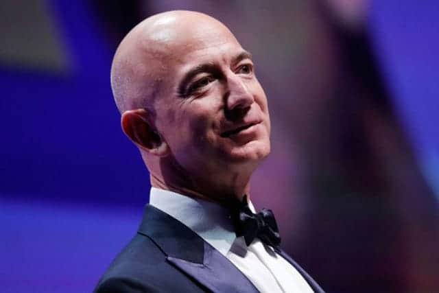 ベゾスが真の意味で史上最大の富豪ではない理由