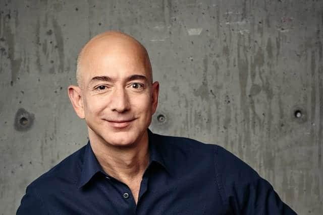 Amazon銀行も検討、ベゾスCEOの金融サービス戦略