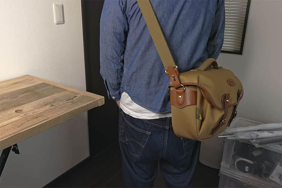 バッグを後ろに回すとこんな感じ