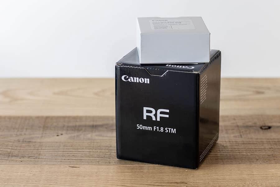 RF50mm F1.8 STMとレンズフードES-65B