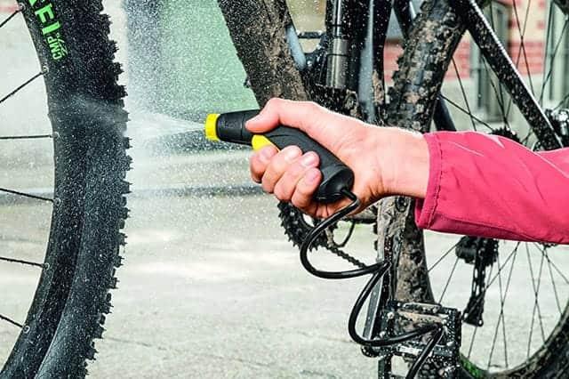 コンセントも水栓もなしで使える家庭用洗浄機『ケルヒャー家庭用マルチクリーナーOC3』軽量コンパクトでバイクや自転車洗車に最適