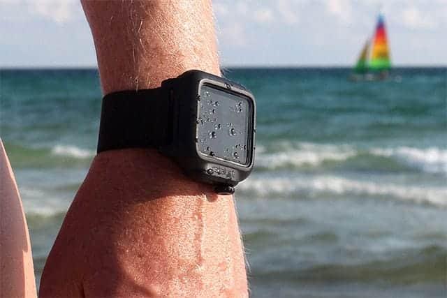 おっ!カッコイイ!Apple Watch専用の完全防水ケース発売開始。水深50メートルにも耐える!耐衝撃機能も。