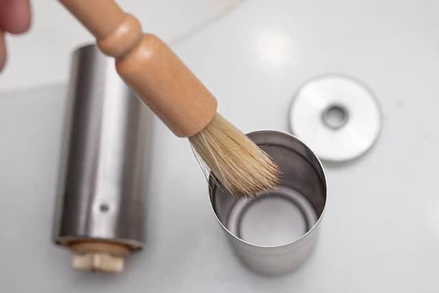 ミルの底の微粉も簡単に取り除ける