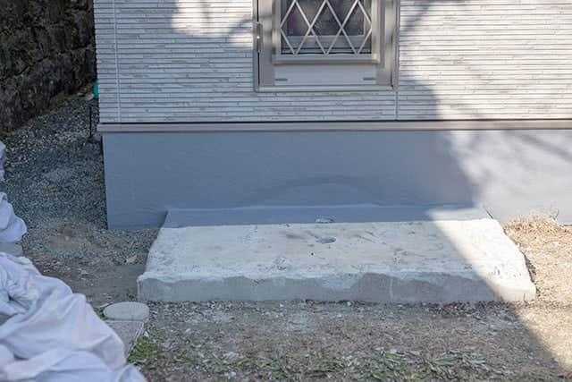 防水処理が終わった基礎コンクリート